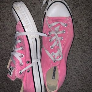 pink low top converse